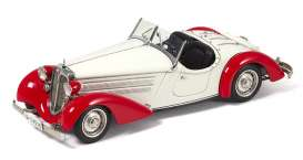 CMC - Audi  - cmc075C : 1935 Audi Front 225 Roadster, red/white (hand-assembled miniature of more than 1600 single parts).