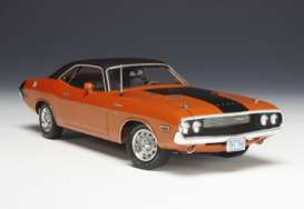 Highway 61 - Dodge  - hw50768 : 1970 Dodge Challenger R/T, Hemi orange with black roof and black stripes.