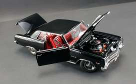 Acme Diecast - Chevrolet  - Acme1805301 : 1965 Chevrolet Malibu SS396 (Chevelle Z16), black with red interior