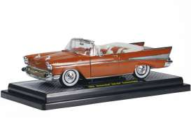 M2 Machines - Chevrolet  - M2-40300-35bs : 1957 Chevrolet Bel Air convertible, brons