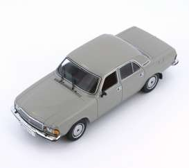 Ixo Ist Collection - GAZ  - ixist121 : 1983 GAZ 3102 Volga, grey