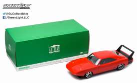 GreenLight - Dodge  - gl19004 : 1969 Dodge Charger Daytona Custom *Artisan Collection*, red with black wing. Real car image not final yet !!