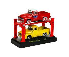 M2 Machines - Ford  - m2-33000-10-2 : 1956 Ford F100 pick-up  *Auto Lift 2pack with 2 cars and 1 lift release 10*