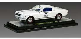 M2 Machines - Ford  - M2-40300-40wbk : 1965 Ford Mustang Fastback, white w/black stripes