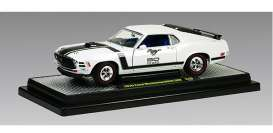 M2 Machines - Ford  - M2-40300-40w : 1970 Ford Mustang Boss, white w/black stripes