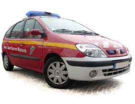 Norev - Renault  - nor517730 : 20000 Renault Scenic *Pompiers*, red
