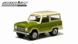 GreenLight - Ford  - gl29780D : Country Roads series 11 1974 Ford Bronco, green with creme roof