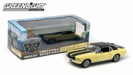 GreenLight - Ford  - gl12925 : 1967 Ford Mustang Coupe *Ski Country Special*, breckenridge yellow & black vynil roof.