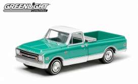 GreenLight - Chevrolet  - gl29800B : 1968 Chevrolet C10 pick-up with Toolbox, green/white