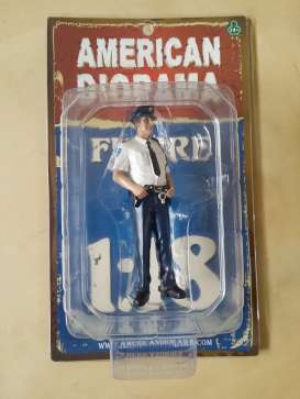 American Diorama - Figures  - AD23993 : 1/18 Dutch Police Men Figure. Great Diorama item to add to all your 1/18 Dutch Police Cars.