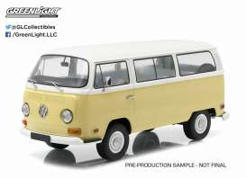 GreenLight - Volkswagen  - gl19012 : 1971 Volkswagen Bus T2B *Artisan Collection*, kansas beige/ pastel white