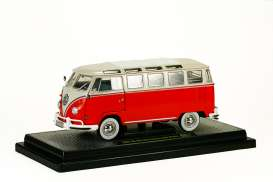 M2 Machines - Volkswagen  - M2-40300-45B : *Volkswagen Bus release B* 1960 VW Microbus Deluxe USA Model, red/white