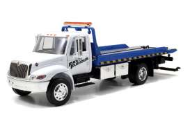 Jada Toys - International  - jada97218 : 2008 International Durastar Flat Bed Tow Truck *Fast & Furious 7*, white/blue
