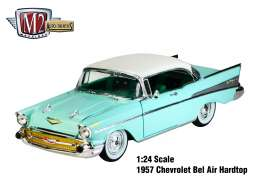 M2 Machines - Chevrolet  - M2-40300-49B : 1957 Chevrolet Bel Air, Green and white stripes