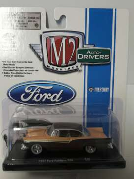 M2 Machines - Ford  - M2-11228-36-5 : *M2-Drivers Release 36* 1957 Ford Fairlane 500, brown/pink