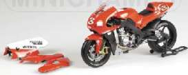 Yamaha  - 2002 red/white - 1:12 - Minichamps - 122026303 - mc122026303 | The Diecast Company