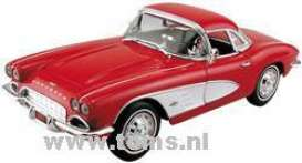 Chevrolet  - 1961 red - 1:18 - ERTL - ertl33464 | The Diecast Company