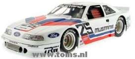 Ford  - 1989 white - 1:18 - Acme Diecast - gmp13006 | The Diecast Company