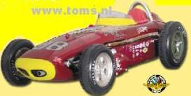 Watson  - 1960 red - 1:18 - Carousel 1 - car04411 | The Diecast Company