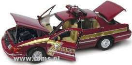 Ford  - dark red - 1:43 - Gearbox - gearbox27136 | The Diecast Company