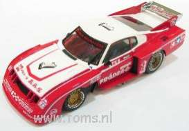 Toyota  - 1979 red - 1:43 - Ebbro - ebb43261 | The Diecast Company