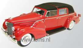 Cadillac  - 1938 red - 1:18 - Signature Models - sig18005 | The Diecast Company