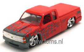 Chevrolet  - 1996 red w/flames - 1:64 - Muscle Machines - musm71188Arf | The Diecast Company