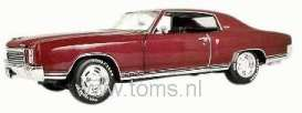 Chevrolet  - 1970 cherry red - 1:18 - ERTL - ertl33772 | The Diecast Company