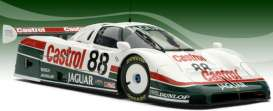 Jaguar  - 1988 white/green - 1:18 - Exoto - ExotoMTB00105 | The Diecast Company
