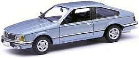 Opel  - 1980 blue metallic - 1:43 - Minichamps - 400045120 - mc400045120 | The Diecast Company