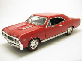 Chevrolet  - 1967 red - 1:18 - Motor Max - 73104r - mmax73104r | The Diecast Company