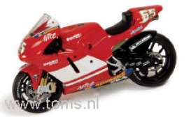 Ducati  - 2004 red - 1:43 - IXO Models - rab085 - ixrab085 | The Diecast Company