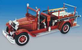 Studebaker  - 1928 red - 1:50 - Signature Models - sig32347SB | The Diecast Company