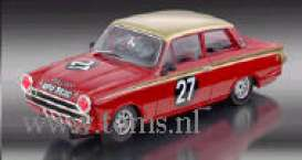 Lotus  - 1963 red - 1:32 - Revell - Germany - 08379 - revell08379 | The Diecast Company