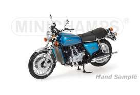 Honda  - 1975 blue/green - 1:12 - Minichamps - 122161600 - mc122161600 | The Diecast Company