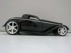 Ford  - 1932 black - 1:24 - Jada Toys - 92407bk - jada92407bk | The Diecast Company