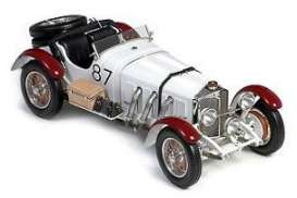 Mercedes Benz  - 1931 white/burgundy - 1:18 - CMC - 055 - cmc055 | The Diecast Company