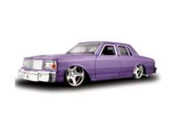 Chevrolet | 1987 Purple | 1:24 | Maisto | mai31044p | The
