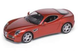 Alfa Romeo  - 8C 2007 red - 1:24 - Welly - 22490r - welly22490r | The Diecast Company
