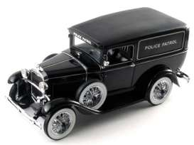 Ford  - 1931 black - 1:18 - Signature Models - sig18143 | The Diecast Company