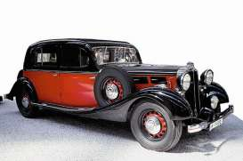 Maybach  - 1935 red/black - 1:18 - Signature Models - sig38208r | The Diecast Company