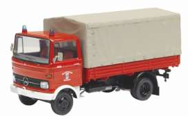 Mercedes Benz  - red - 1:43 - Schuco - 3527 - schuco3527 | The Diecast Company