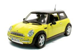Mini  - 2005 yellow/black - 1:18 - Maisto - 31656y - mai31656y | The Diecast Company