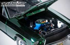 Ford  - Mustang GT *Bullit* 1968 Highland Green Chrome  - 1:18 - GreenLight - 12823 - gl12823 | The Diecast Company