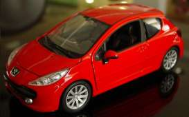 Peugeot  - 2008 red - 1:24 - Welly - 22492r - welly22492r | The Diecast Company