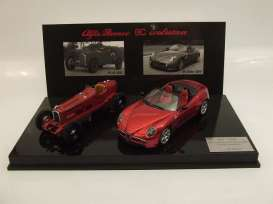 Alfa Romeo  - red - 1:43 - M4 Collection - m400710D | The Diecast Company