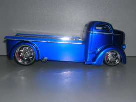 Ford  - 1947 blue - 1:24 - Jada Toys - 96233b - jada96233b | The Diecast Company