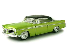 Chrysler  - 1956 green - 1:18 - Maisto - 31348gn - mai31348gn | The Diecast Company