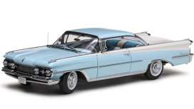 Oldsmobile  - 1959 frost blue/white - 1:18 - SunStar - 5242 - sun5242 | The Diecast Company