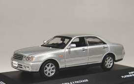 Nissan  - silver - 1:43 - J Collection - jc02007SL | The Diecast Company